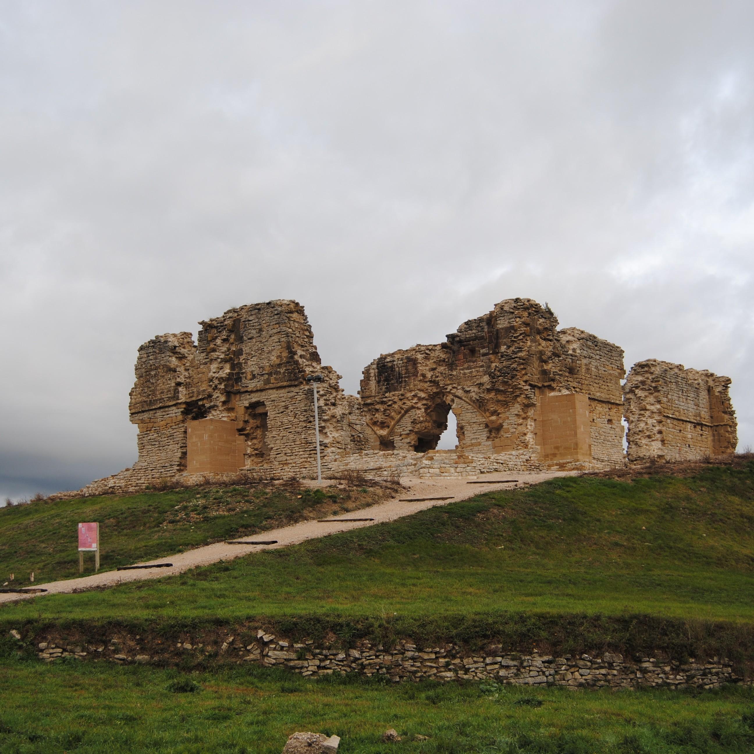 Castillo Tiebas
