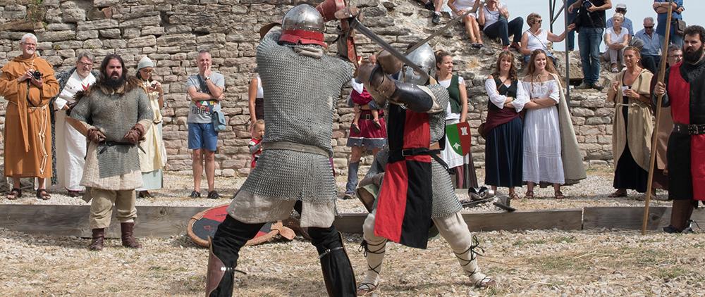 Feria medieval en Tiebas, Navarra